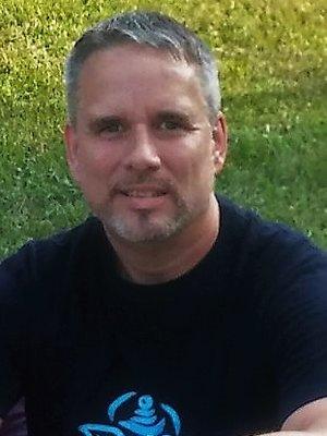 Paul Mross ,  founder of The Happ:y Yoga Mat