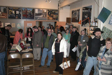 2006 Edible Book viewers