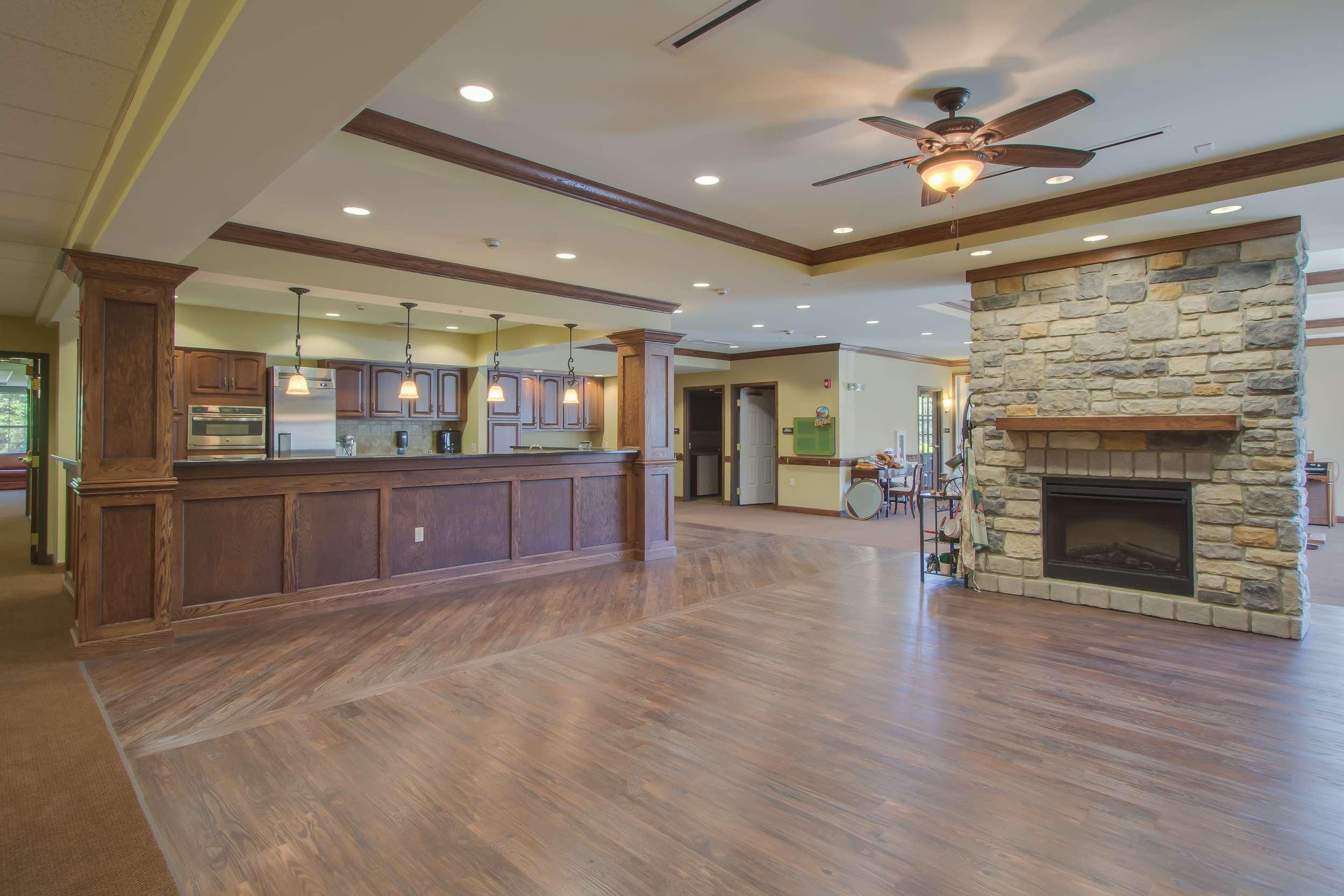 Bickford+Interior_entry,+fireplace,stitting+area,+kitchen-min[1].JPG