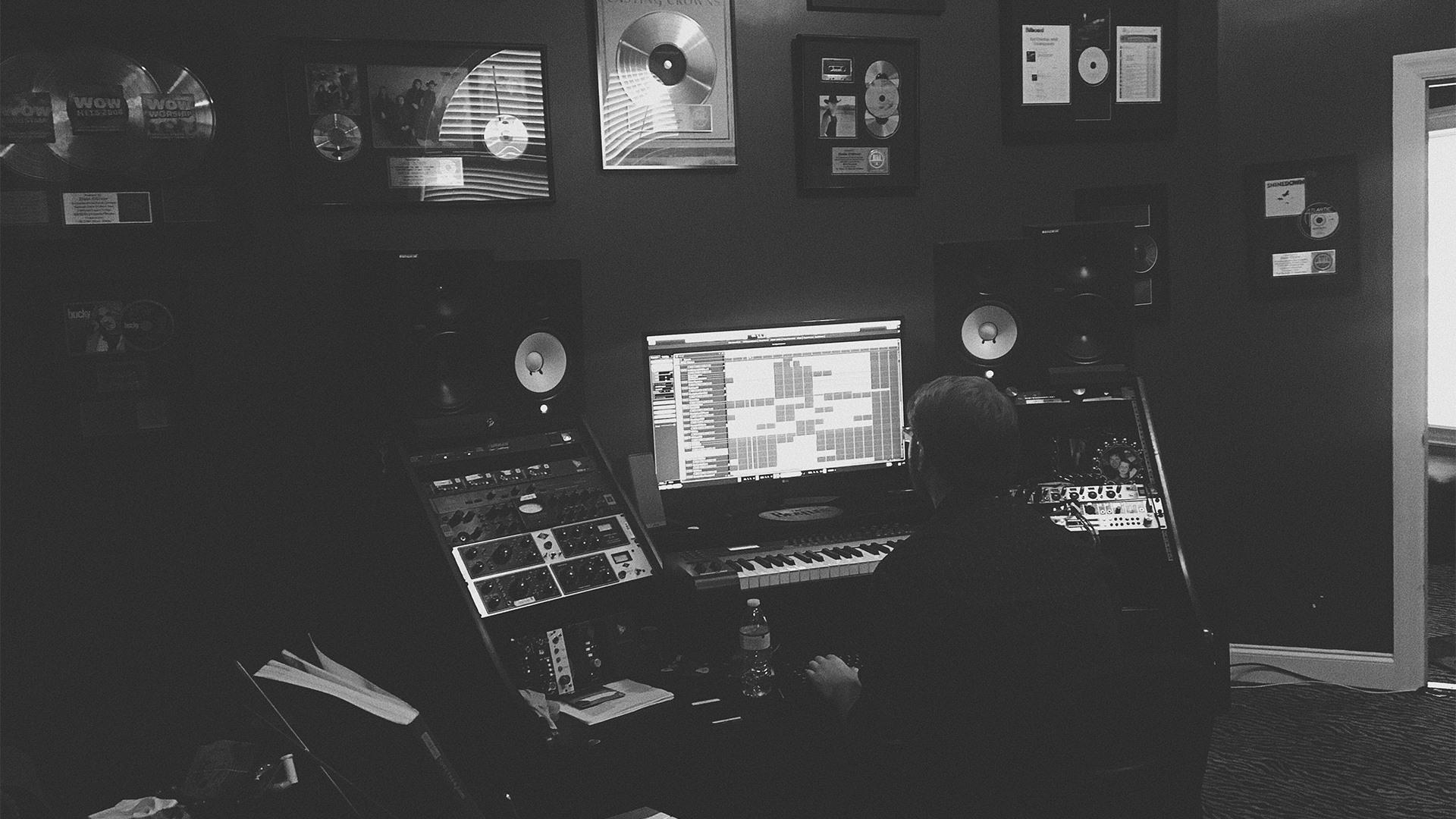 Zane Oliver - producer/composer /Musical engineer
