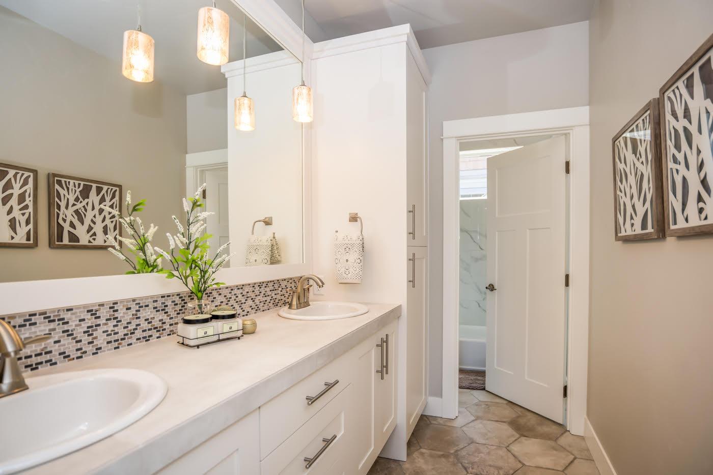 Custom-Bathroom-Remodel-Home-Builder-Bend-Oregon.jpg