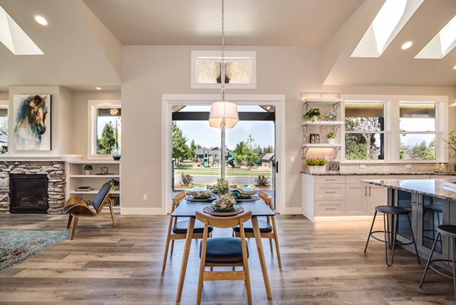 Custom-Remodels-Builds-Homes-Design-Open-Floorplan-Central-Oregon-Bend.jpg