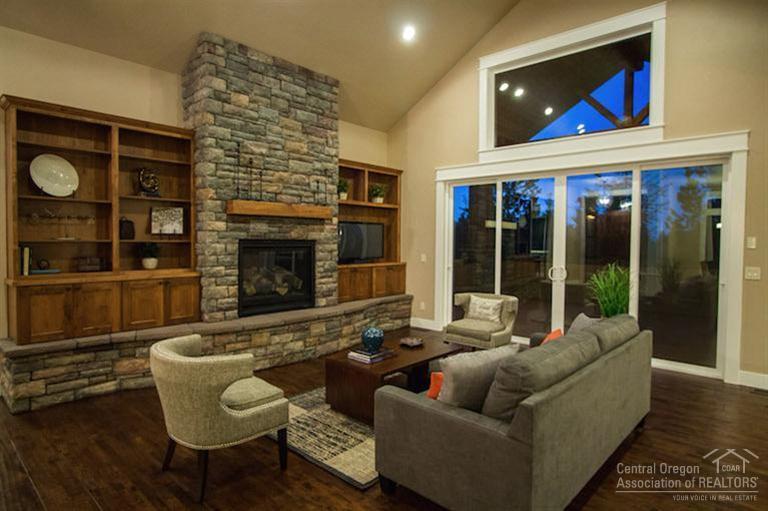 Custom-Home-Builder-Remodels-Central-Oregon-Bend-Redmond-New-Homes.jpg