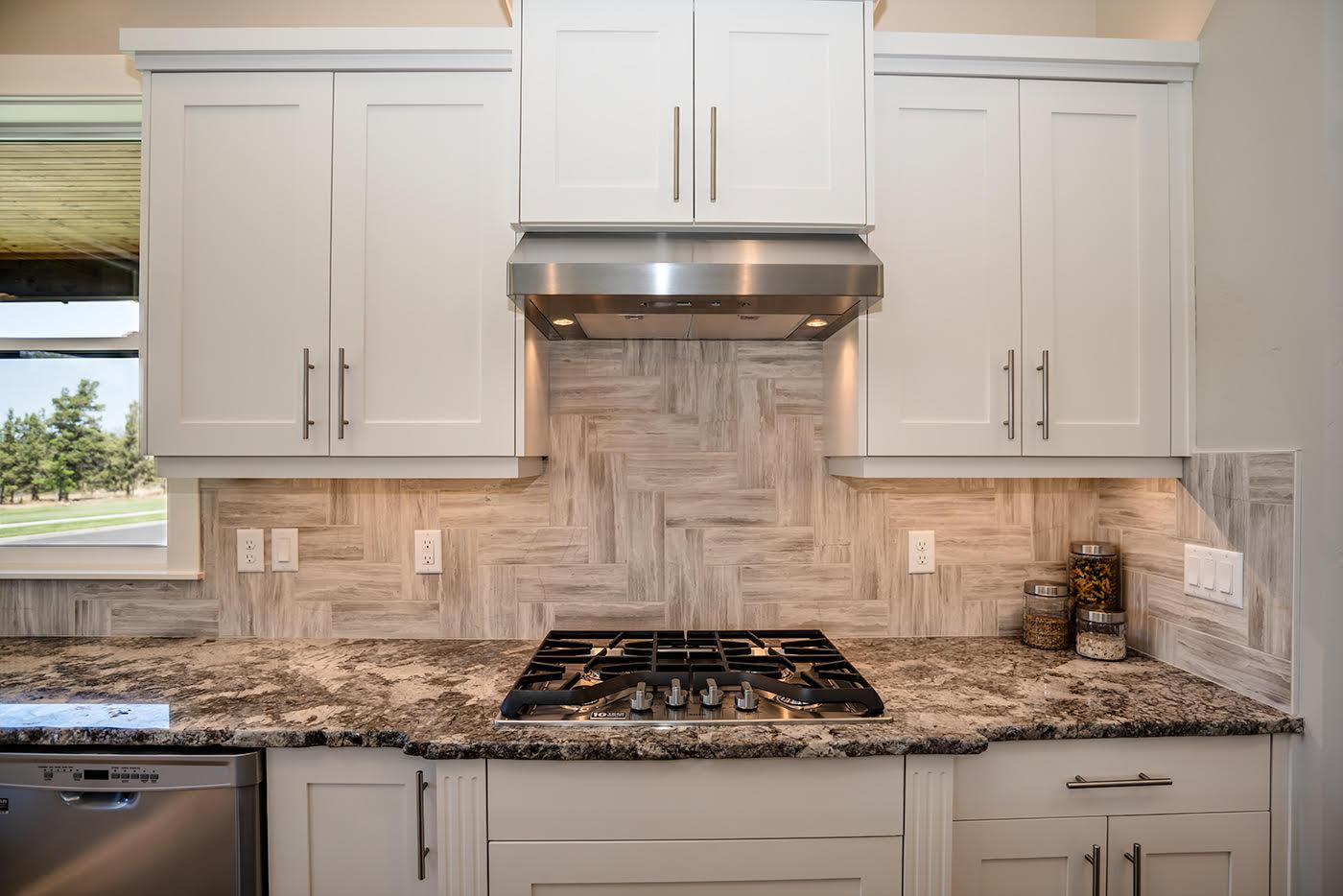 Kitchen-Remodel-Backsplash-Redmond-Oregon.jpg