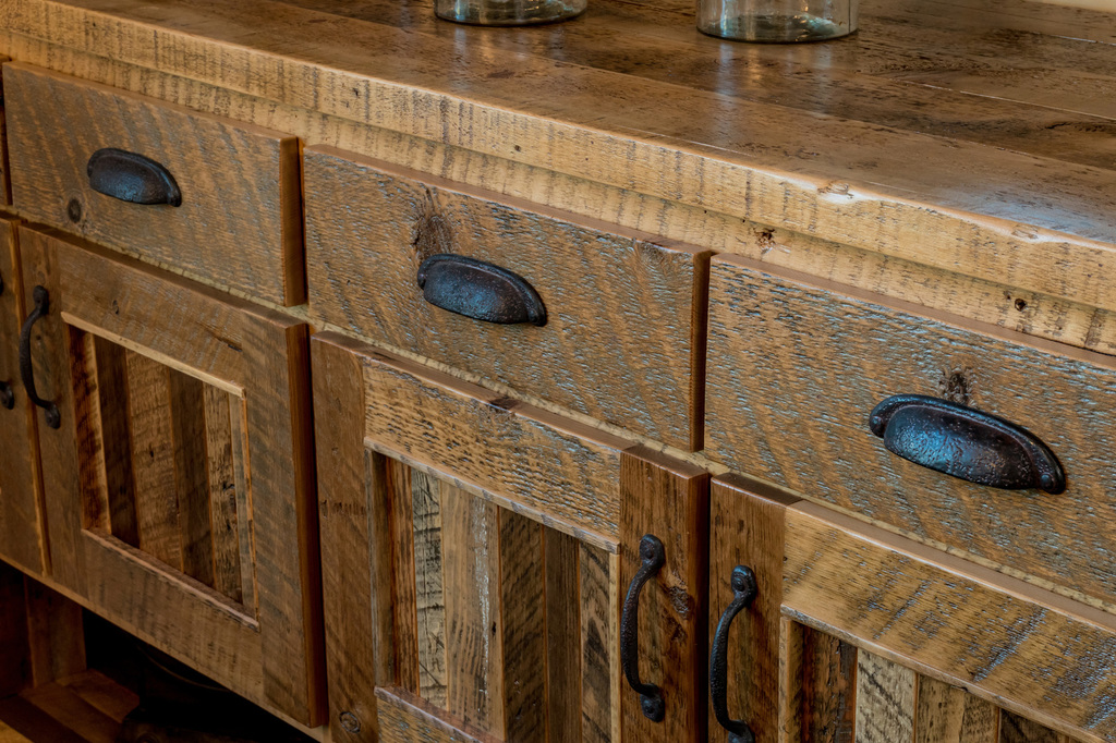 Custom-Cabinets-Central-Oregon-AllyBrooke-Homes.jpg