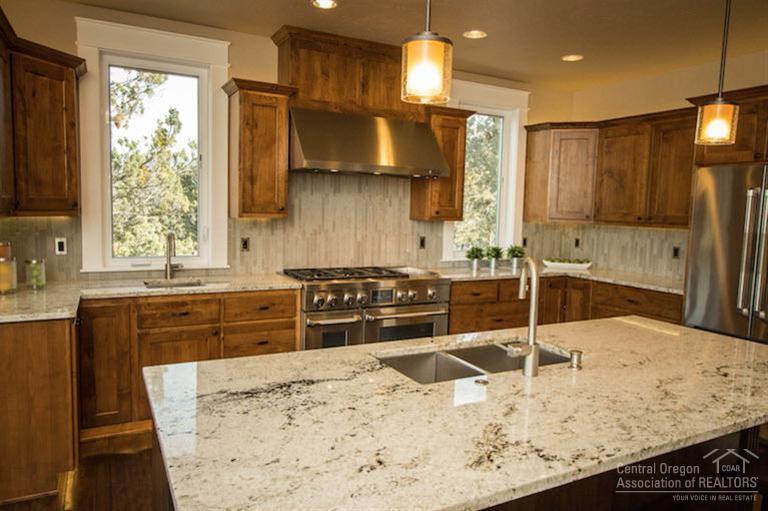 Custom-Kitchen-Builder-Remodeler-Central-Oregon.jpg
