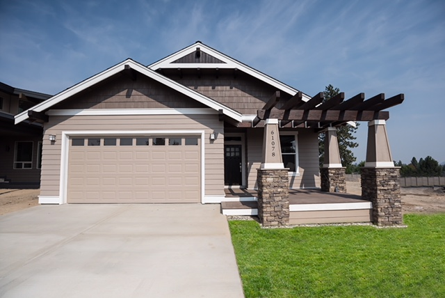 Custom-Home-Central-Oregon-AllyBrooke-Custom-Homes.jpg