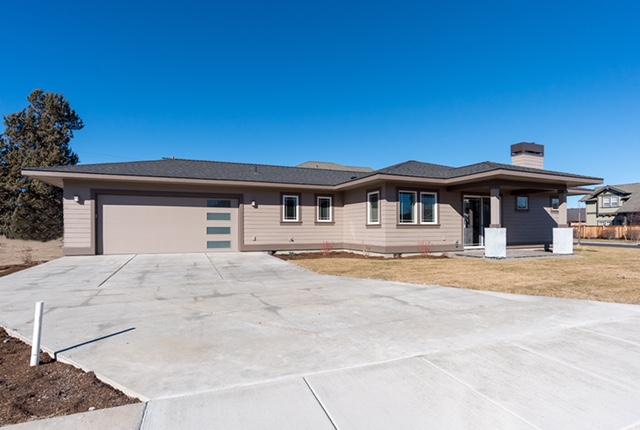 809 Northwest Rimrock Drive Redmond, OR 97756 - 3 bedrooms, 2 baths -2,026sq ft - $409,900