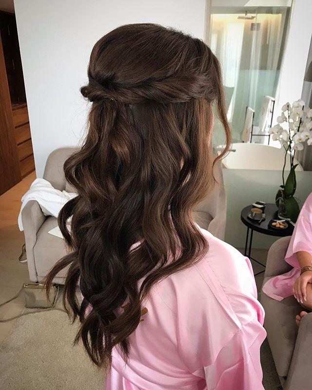 S i m p l e  b u t  b e a u t i f u l ✨ #bridesmaidshair for @blushbridal_mallorca @blushpalma . . . #styledbycar #styledbycarolinatorstensson #mallorcaweddings #weddingsmallorca #makeupartistspain #makeupartistmallorca #mallorcamakeupartist #hairstylistmallorca #mallorcaweddingstylist #mallorcaweddingplanning #mallorca #bridalmakeupartist #bridemakeup #freelancemakeupartist #mallorcaphotography #mallorcaphotographer #love #weddingstylistmallorca #weddingphotography #instaweddings #hairandmakeupmallorca #bridesmaids #ghd