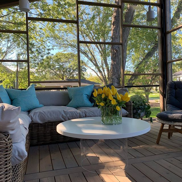 Perfect fall day on the porch!  Come visit house #R30 on the Remodelers Showcase, noon to 6 pm. @telosmn @peterssenkellerarchitecture @circagallery_mn @sksappliances @allincmn @veroniquewantzgallery