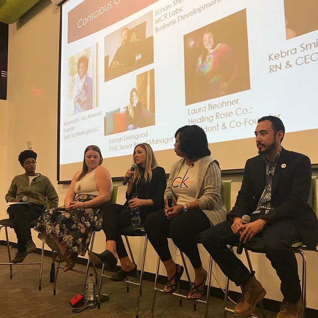 The conscious community panel is underway at @districthallboston, we're discussing Hemp, CBD, consumption, and more.  Industry specialists include Aja Atwood, Lauryn Livengood, Sohan Shen, Laura Beohner and Kebra Smith-Bolden. #bostoncannabisweek