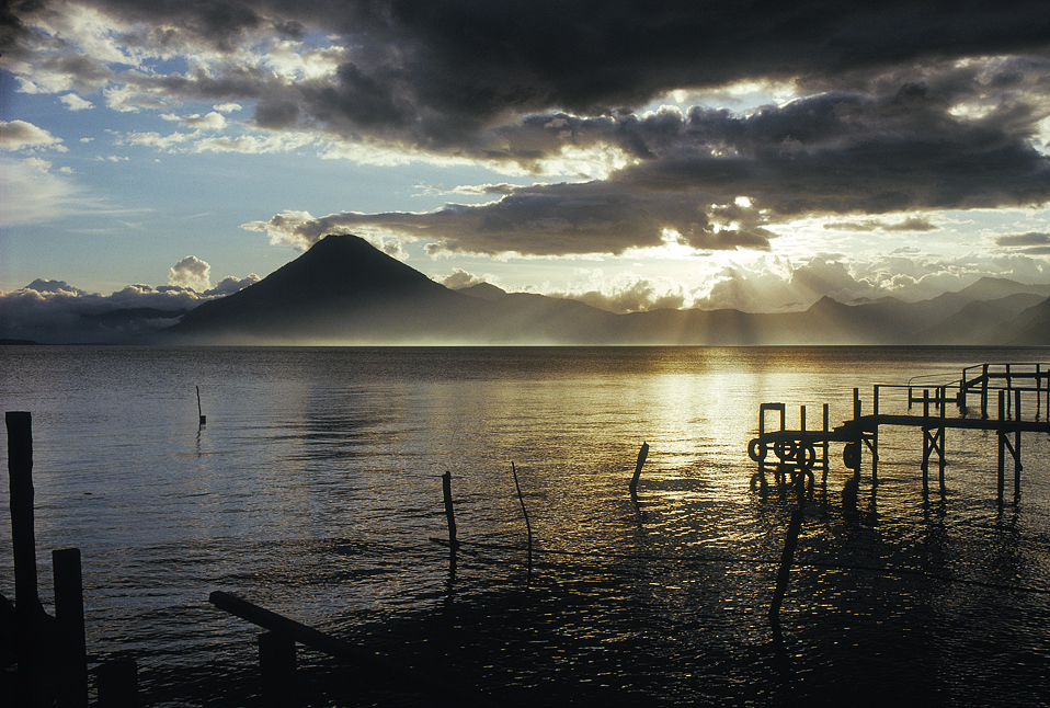 22.Atitlan_sunset3.1.jpg