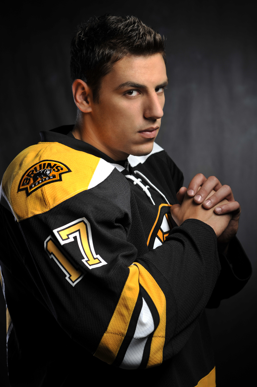 19-Milan Lucic, Boston Bruins.jpg
