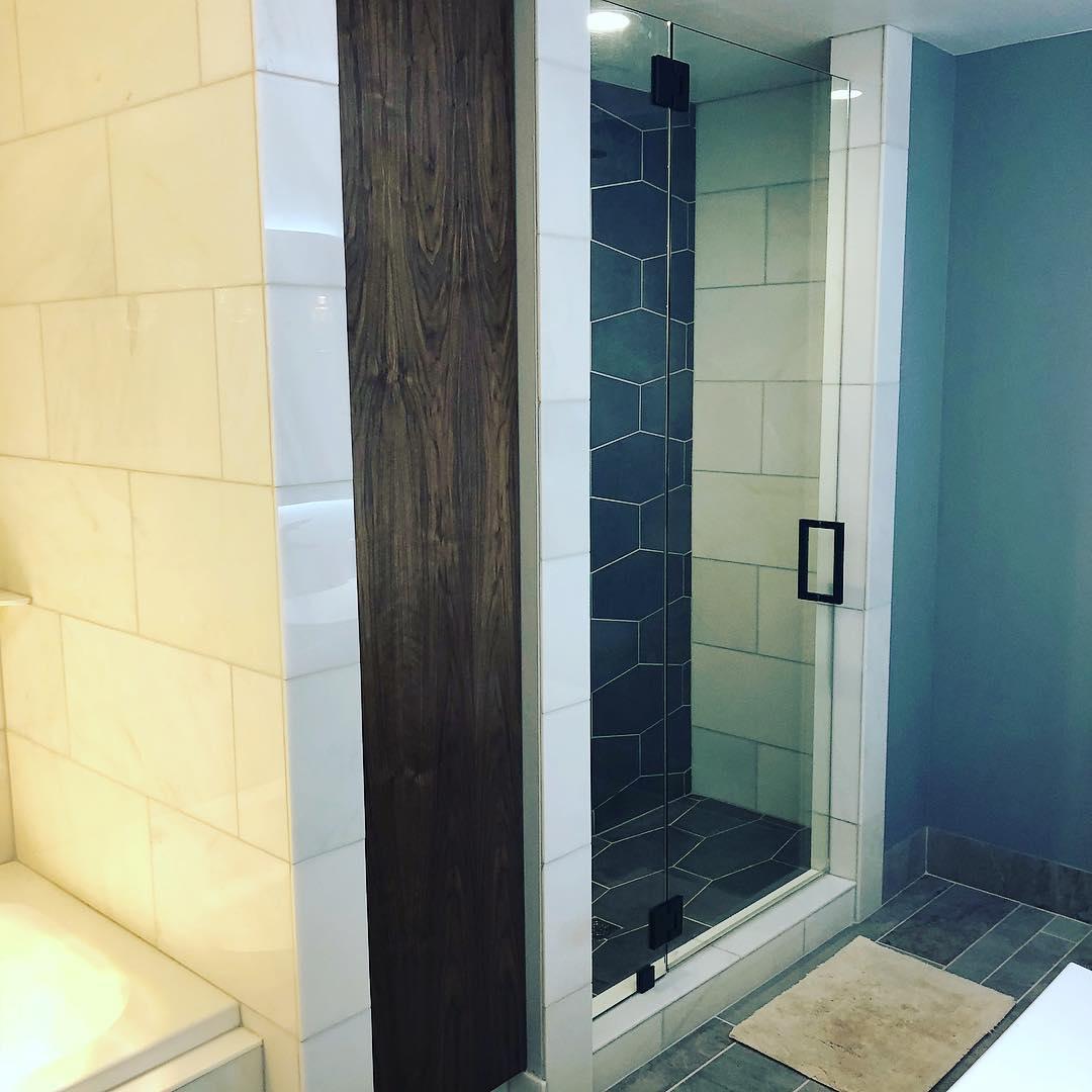 Beane Bathroom 1.jpg