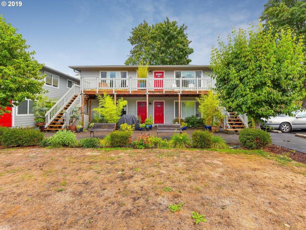 $234,000 - 7041 N Burlington Ave Unit 2, Portland, OR 97203