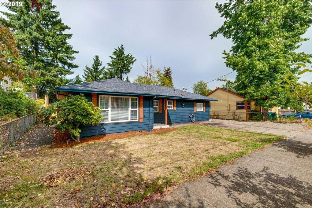 $319,000 - 11737 SE Pine St, Portland, OR 97216