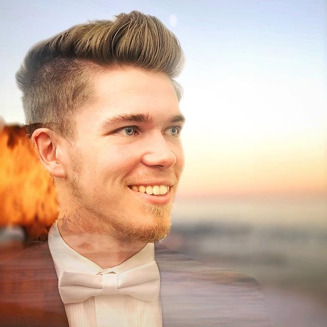 A Journey at sea. - - - @journeyday @biola.chorale @focos_camera #cool #portrait #effects #shotoniphone #orange #hues #ocean #happy #summer #glow #fancy #smile #modern #edited #photography #california #beach #vibes #goodvibes #life #waves #iphone7plus #tuxedo #gold #golden #artsy