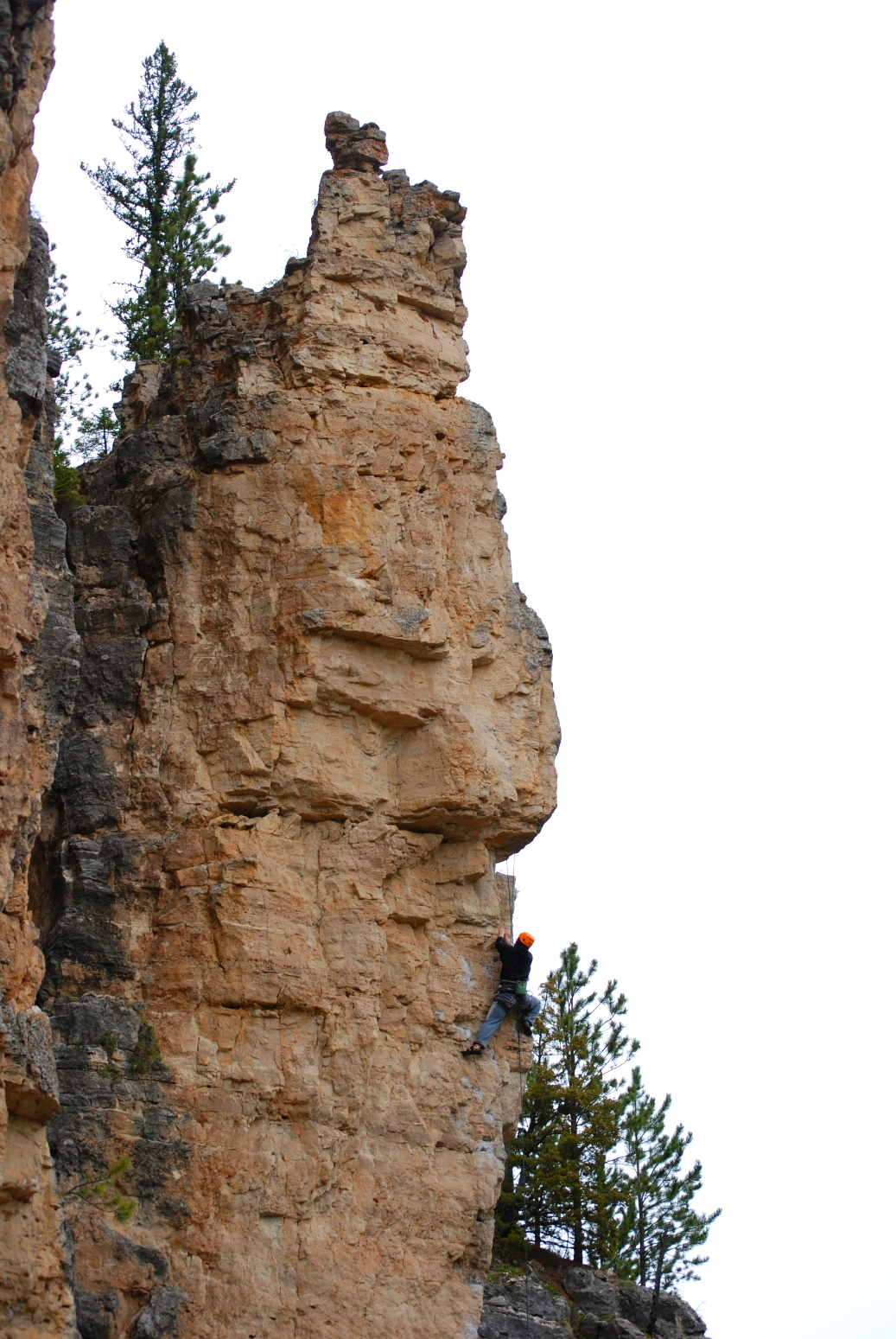 Shawn leading Peace Pipe, 5.10c.Photo by Jamie Leibel.