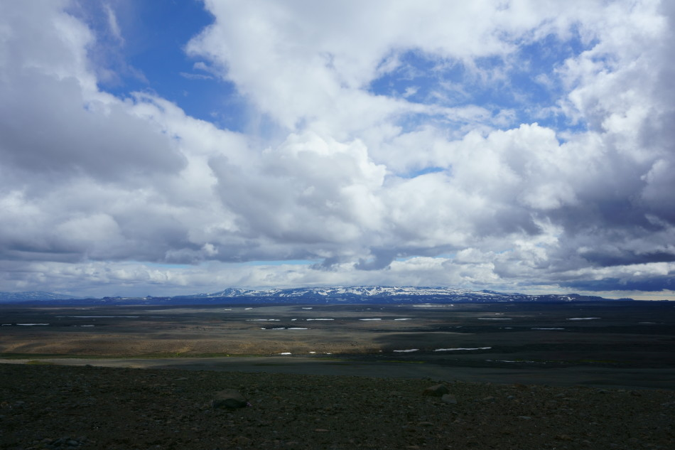 Open skies and stunning views in the highlands. Photo by Kara Folkerts.