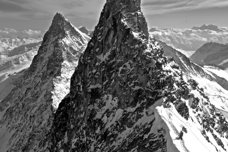 Truly spectacular ski mountaineering on the Hinter-Fiescherhorn (4,025m).