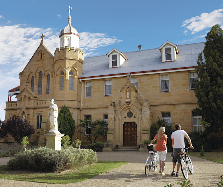 Abbey of the Roses Warwick.jpg