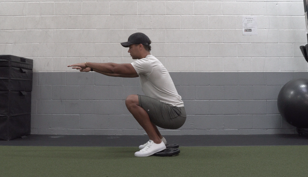 how to squat for beginners
