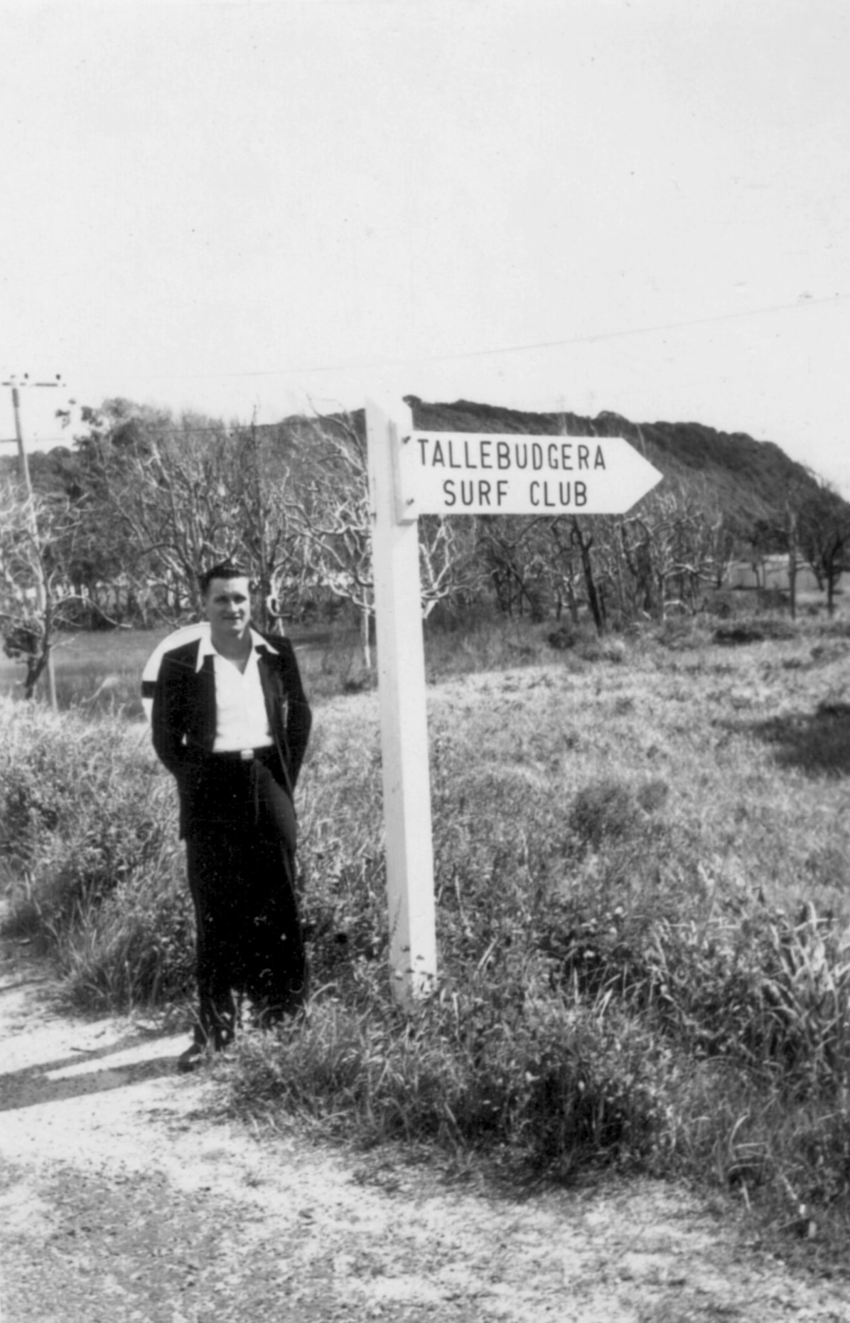 The track to Tallebudgera SLSC