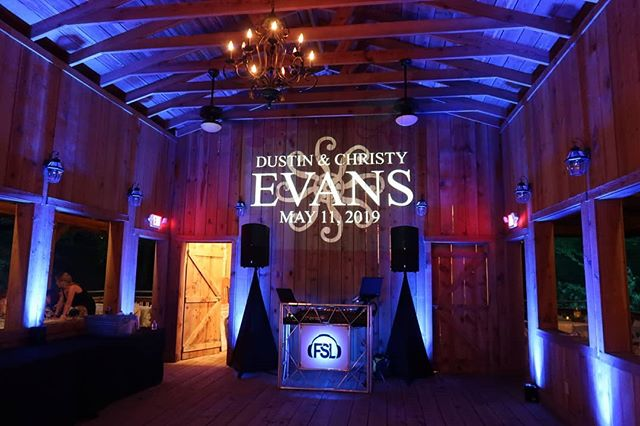 Congrats Mr. And Mrs. Evans!!! What a beautiful wedding.  Venue: @friendsfarm Photographer:@taylormichaelphotography