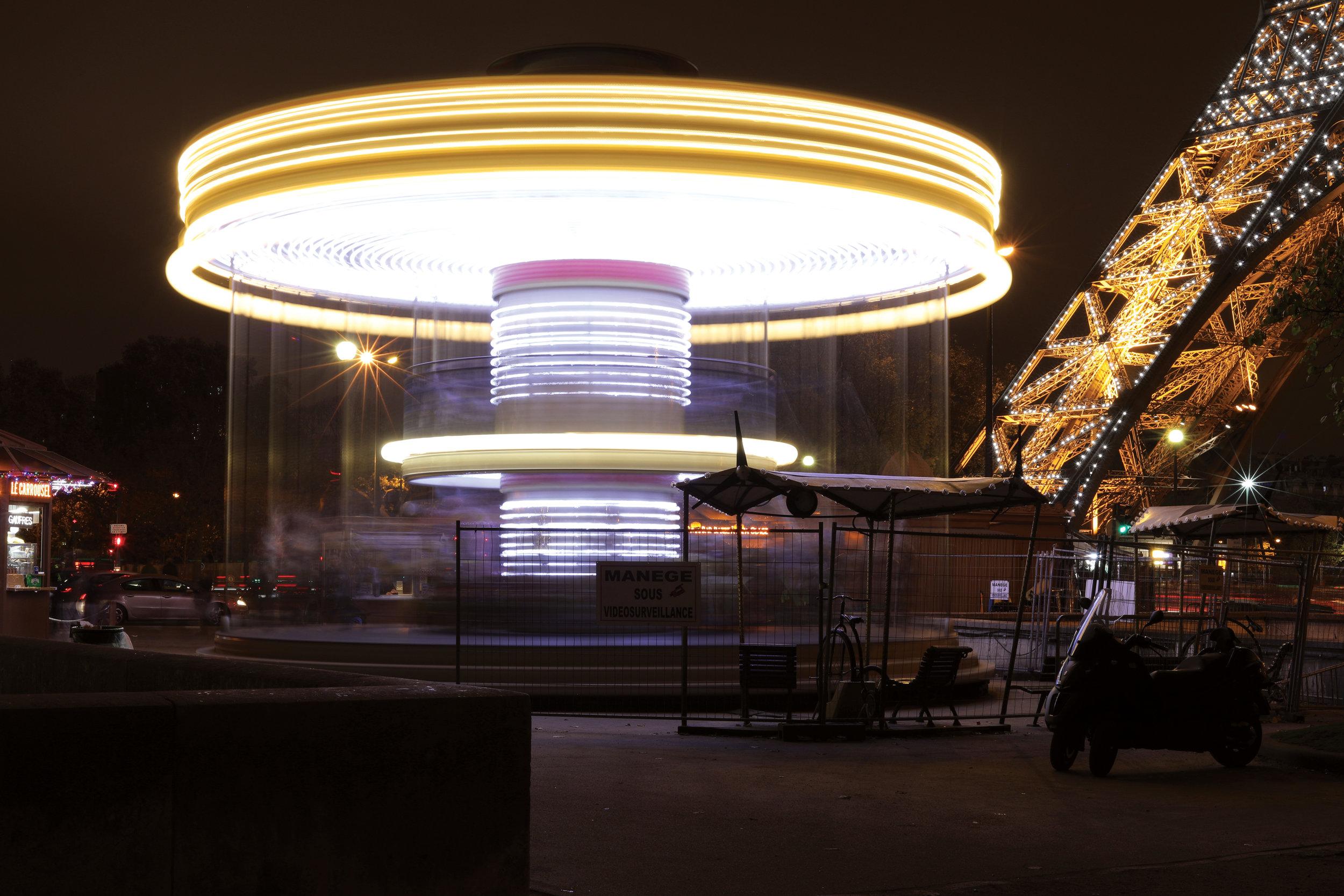 Merry-Go-Round nest to the Eiffel Tower, Paris, France   https://www.ebay.com/itm/263679754345?ssPageName=STRK:MESELX:IT&_trksid=p3984.m1555.l2649