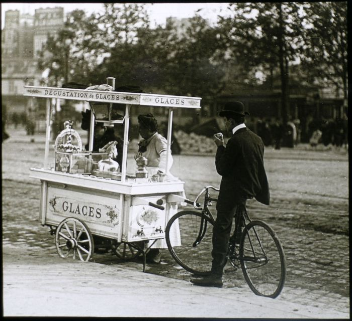 Old time gelato cart