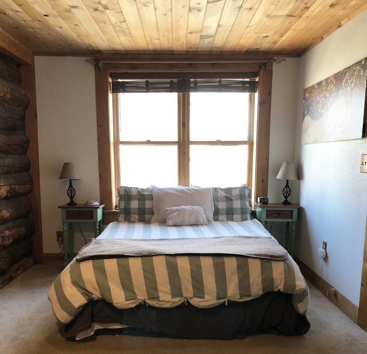 Master Bedroom Bedresiz.jpg