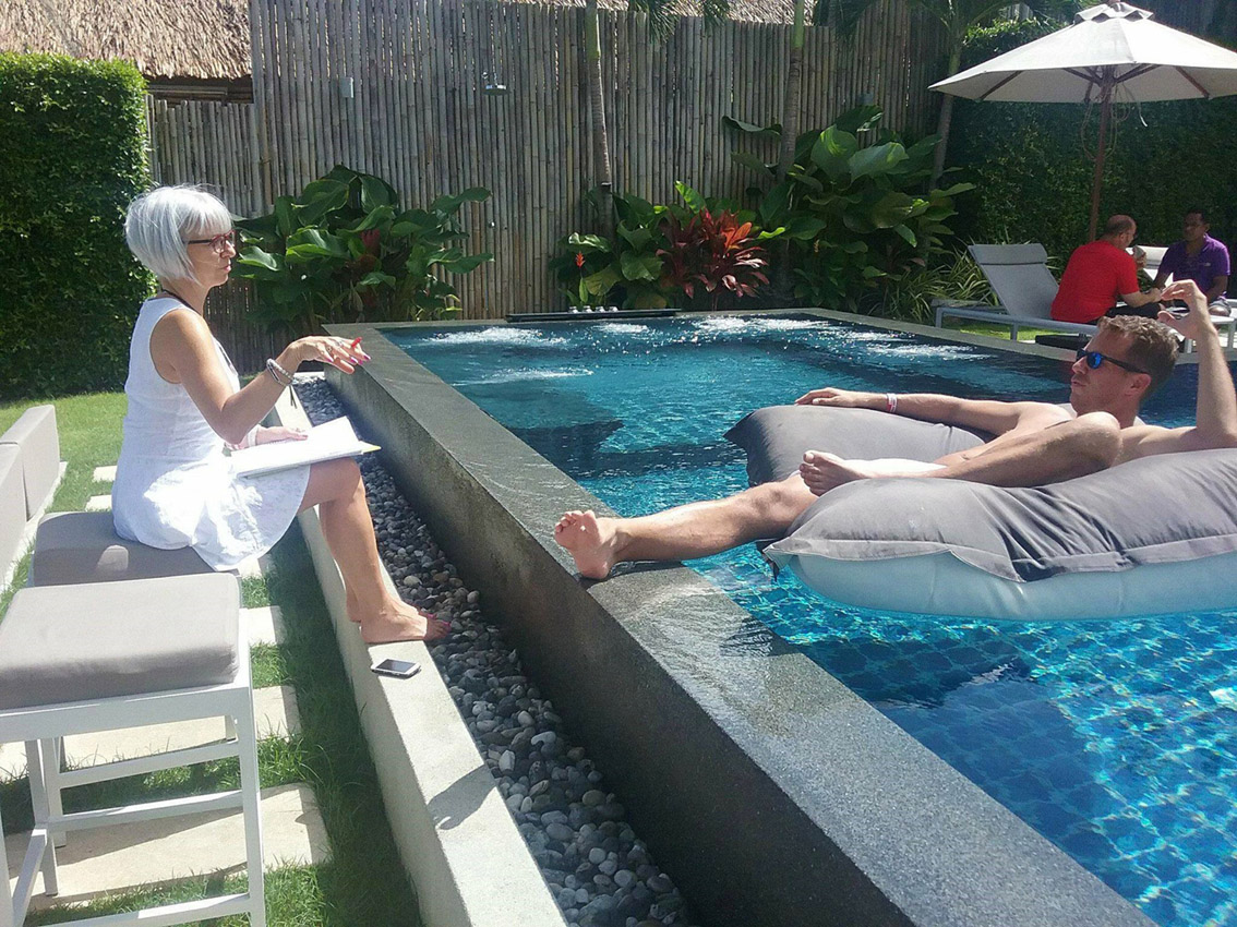 Stéphanie Rottet in Phuket, Thailand, working with her business coach JT Foxx. July 2017