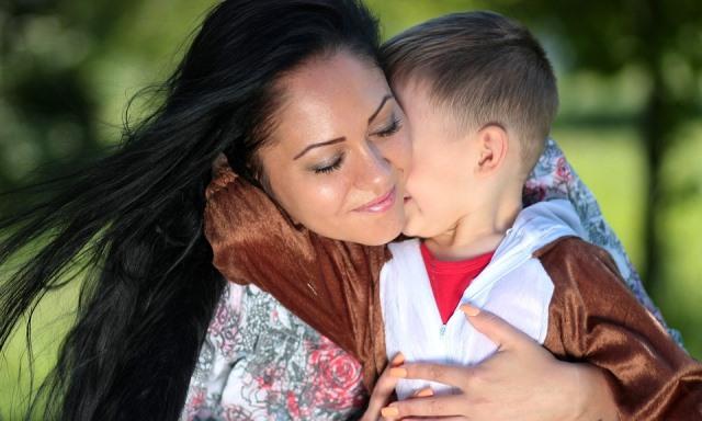 mom-1363919_960_720.jpg