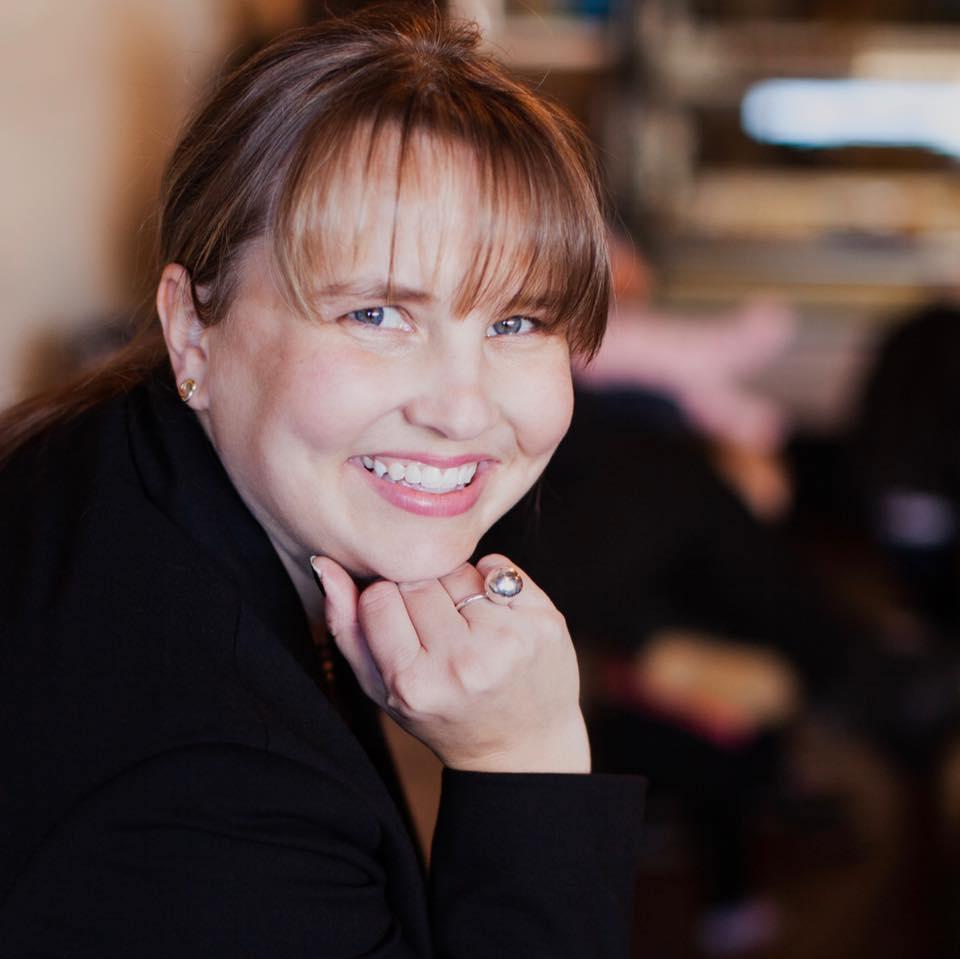Stephanie Arnett - Woman Entrepreneur