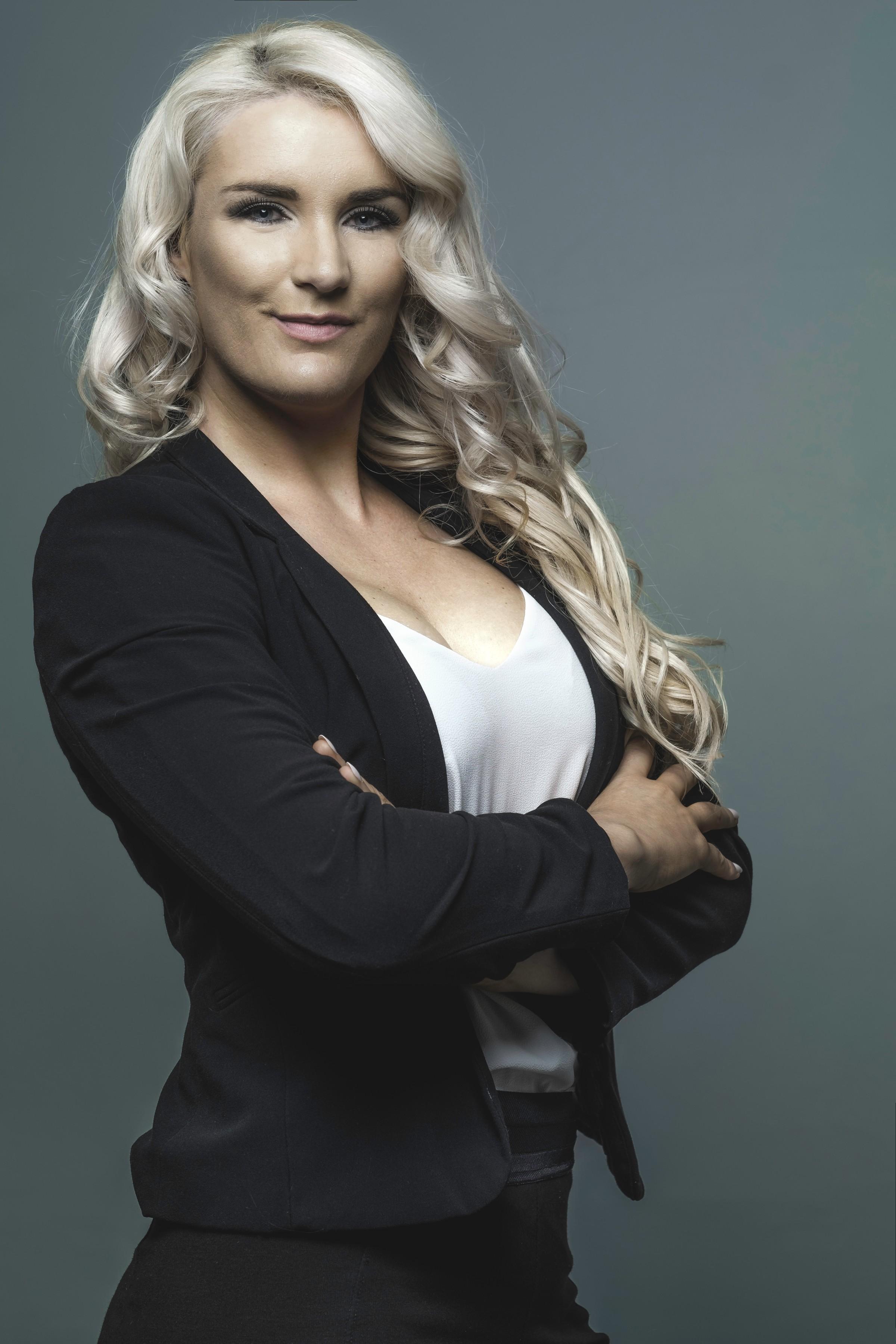 Erna Basson - Keynote Speaker Woman Entrepreneur