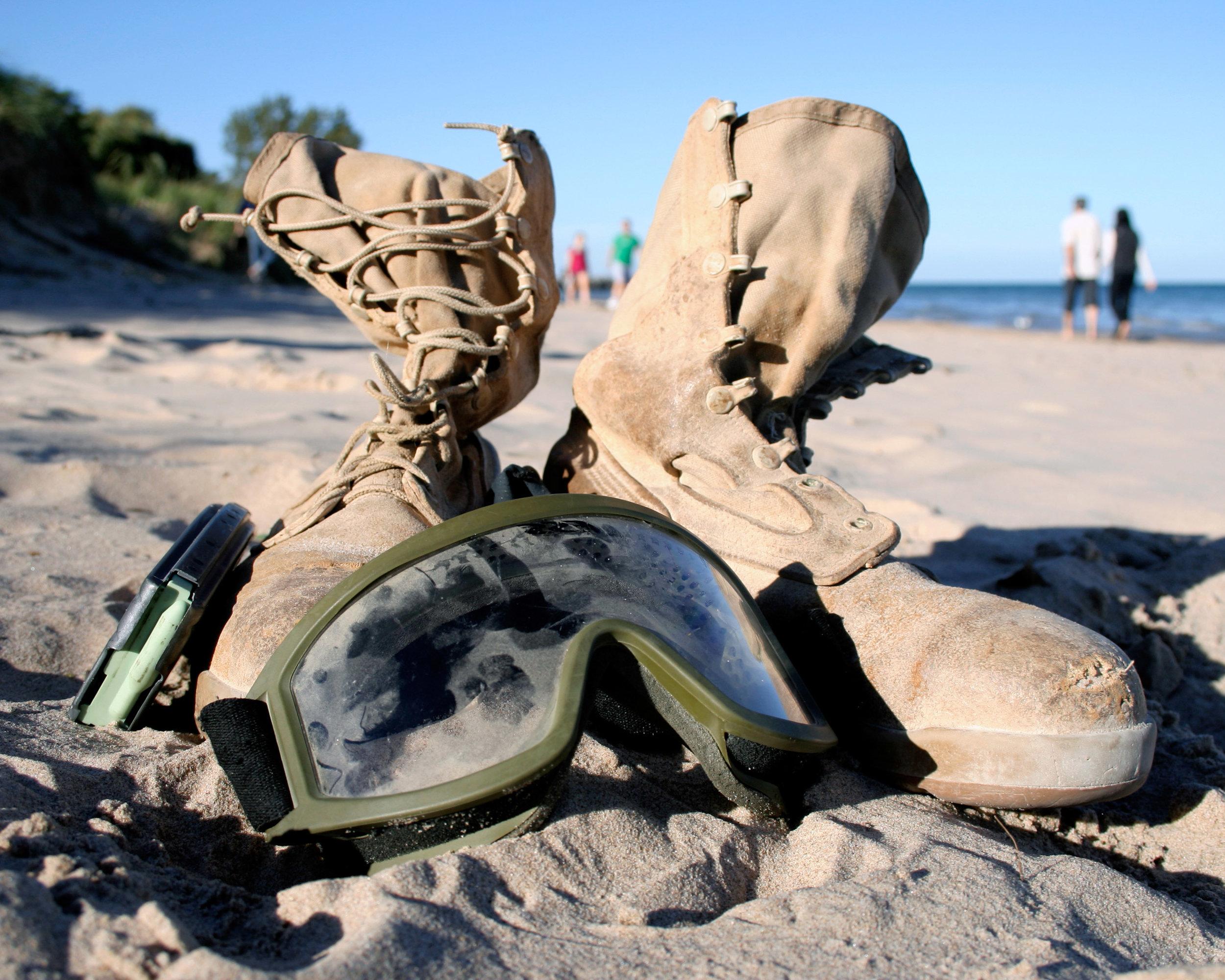 boots1_webd.jpg