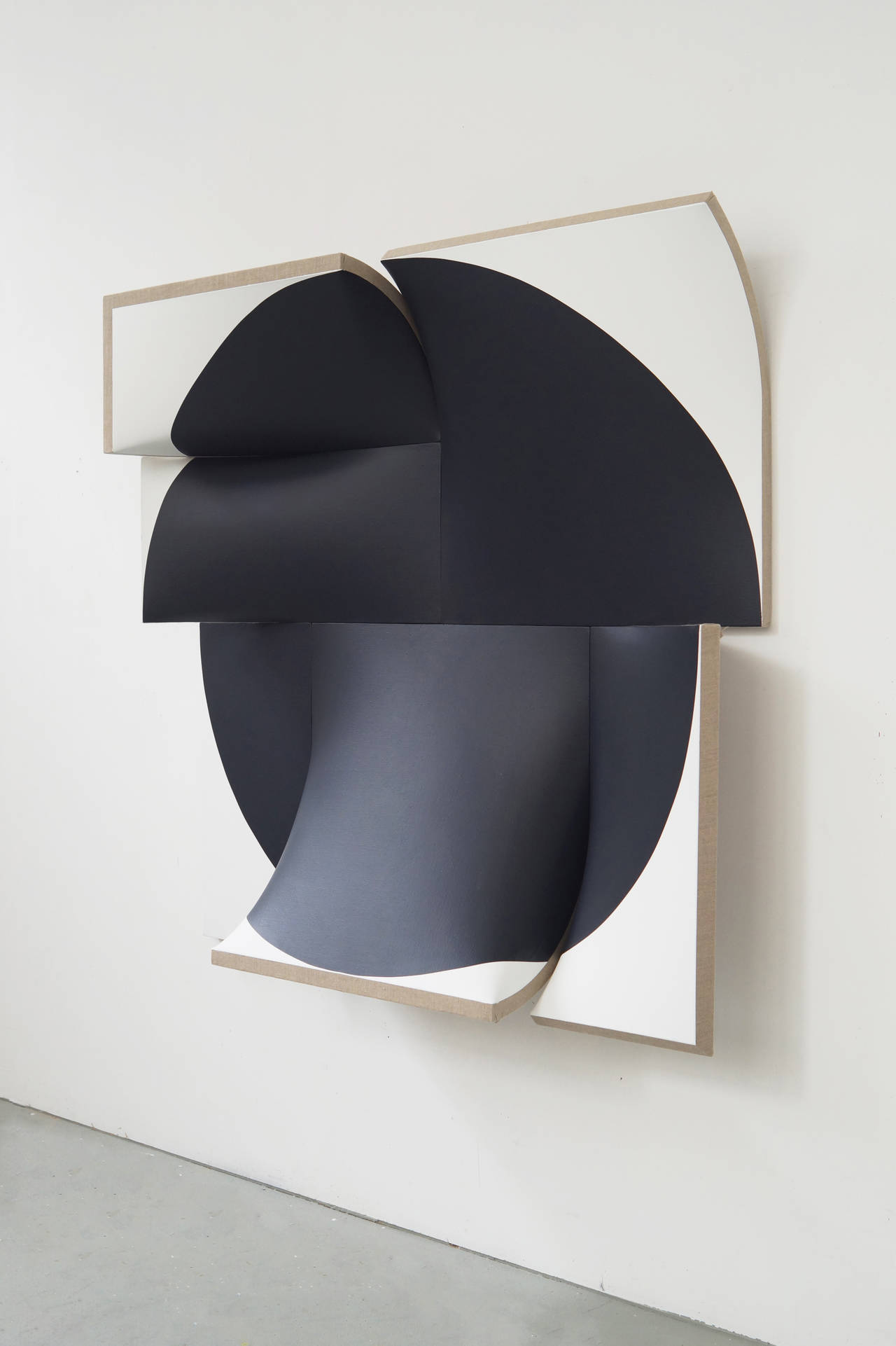 Love these abstract sculptural paintings by Jan Maarten Voskuil, if you have a spare £11,302.30 head over to  1st Dibs