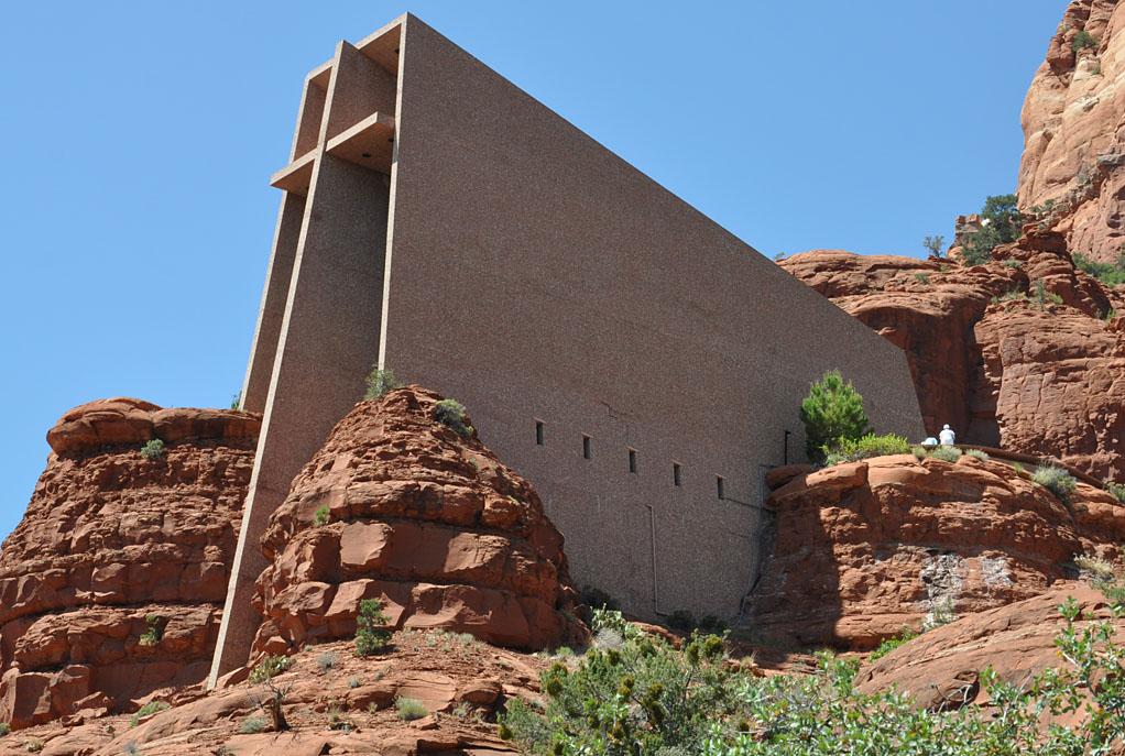 roadside_architecture_church_arizona2.jpg