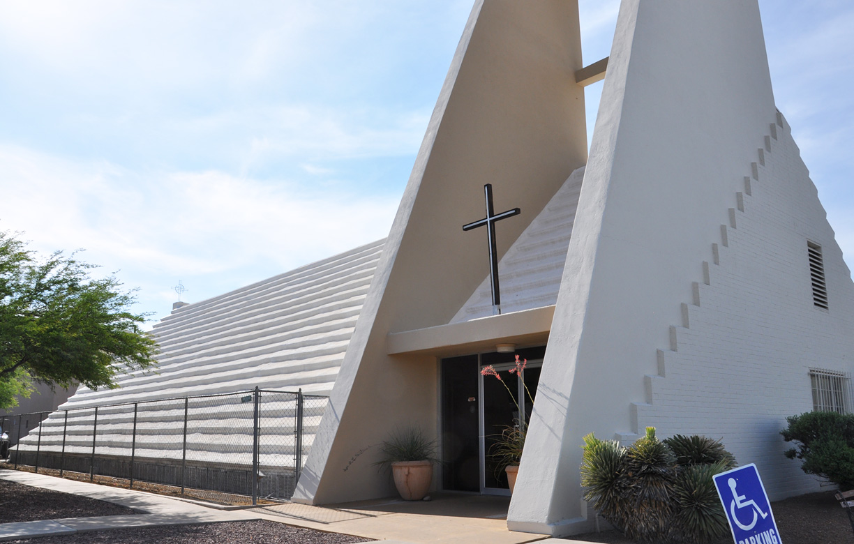 roadside_architecture_church_arizona5.jpg