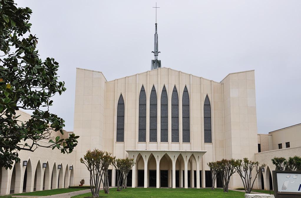 roadside_architecture_church_texas1.jpg
