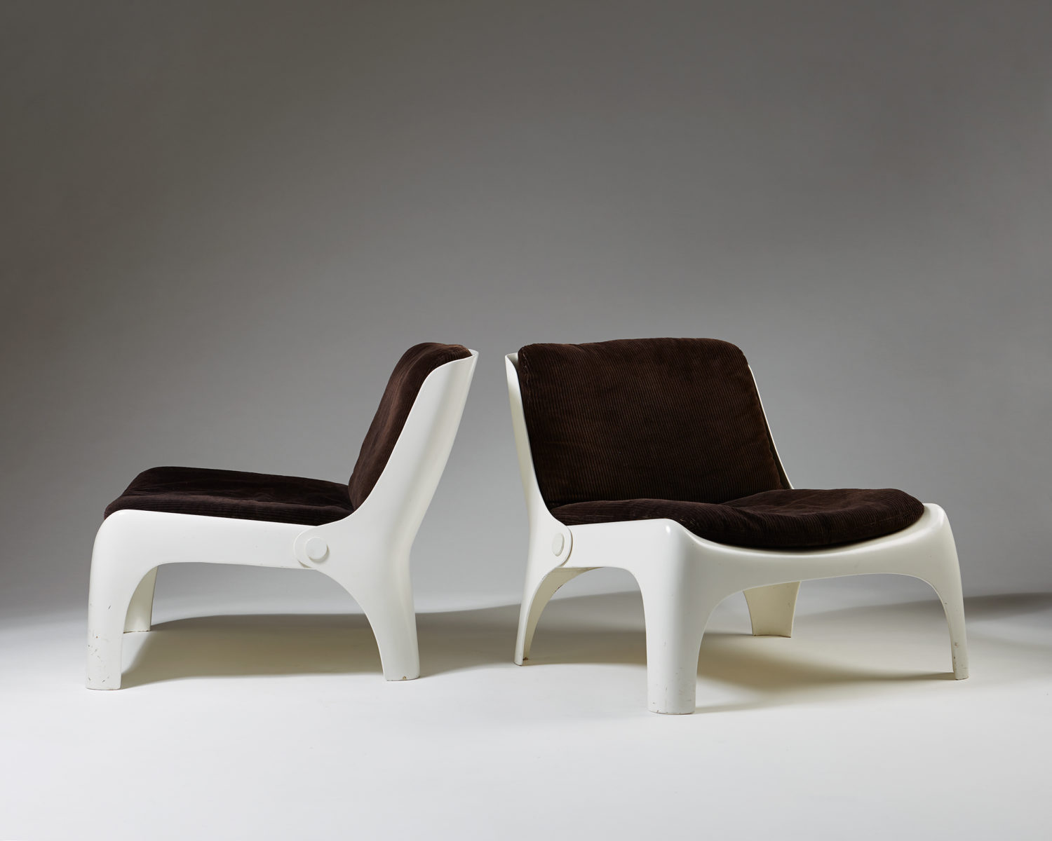 Pair of armchairs, anonymous, Italy, 1960's
