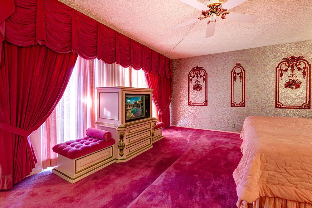 hot-pink-carpet-retro.jpg