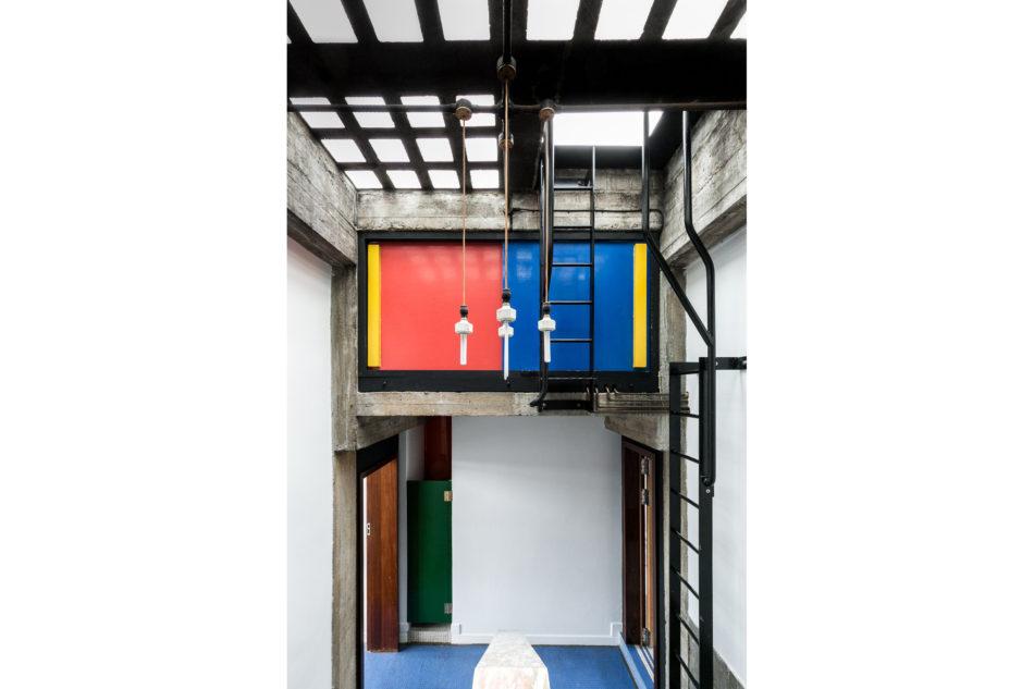 Housden House_101-South-Hill-Park-61-950x633.jpg