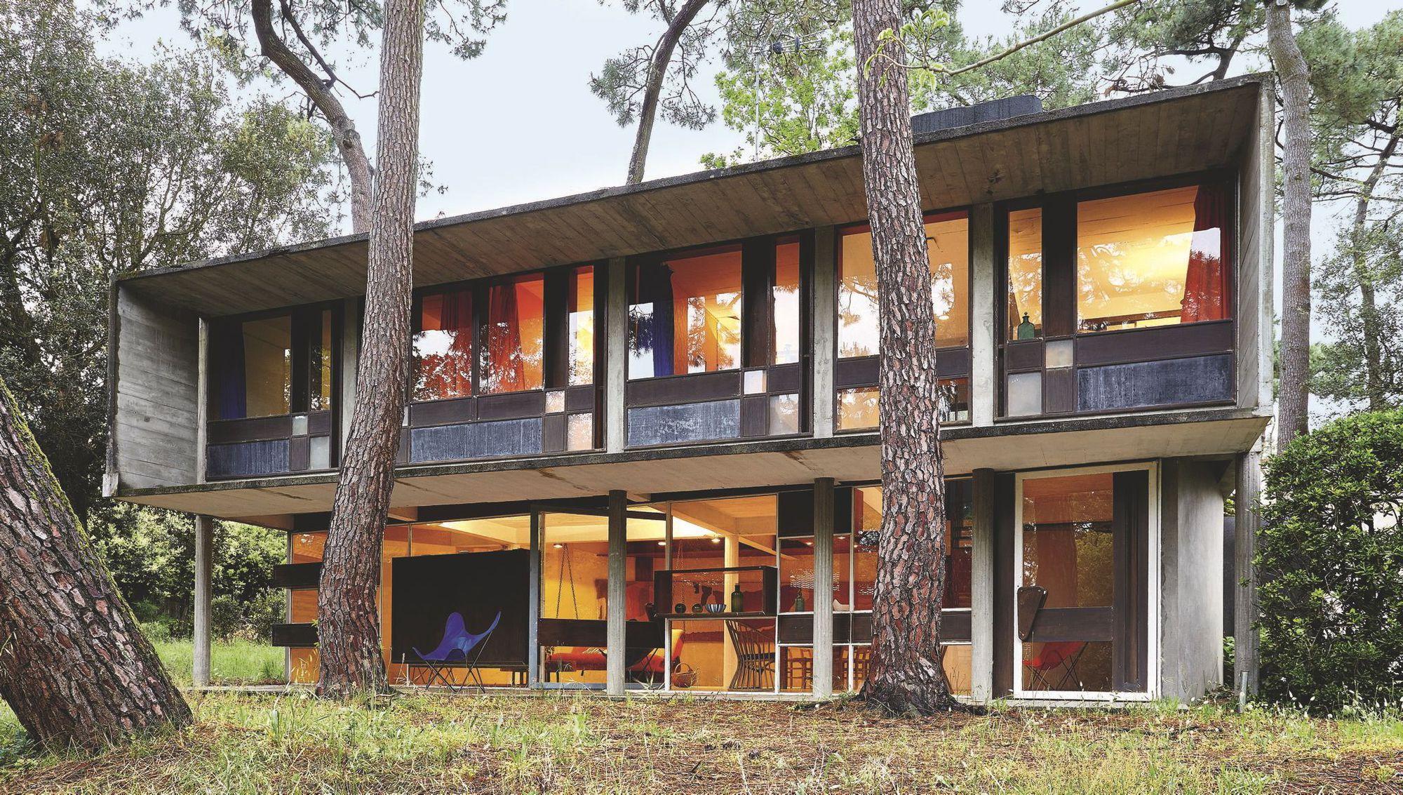 André Wogenscky_la-facade-d-une-maison-design-surprenante_5361349.jpg