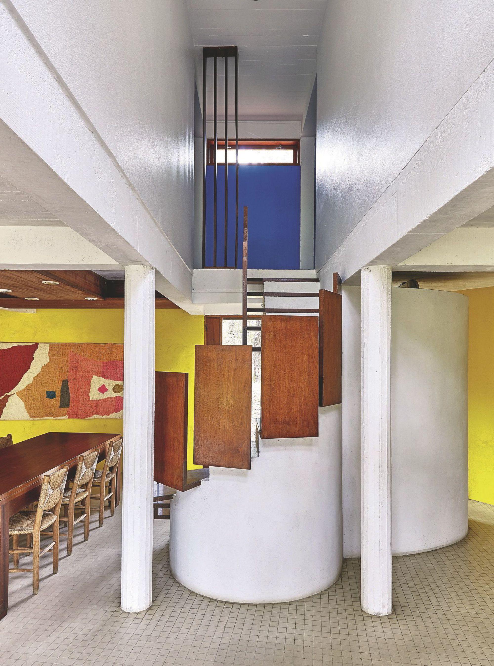André Wogenscky_un-escalier-design-surprenant_5361333.jpg