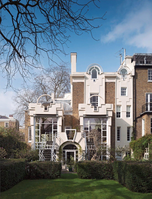 Thematic House, Kensington and Chelsea, London by Charles Jencks (Grade I).jpg