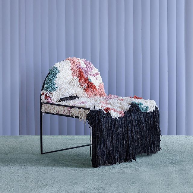 Chair of the day 👀 . 👉🏽👉🏽By @soft.geometry . . . Discovered via @plot.twist.interiors . .  #chairs #fluff #weave #handmade #chairlove