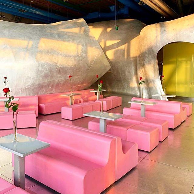 📷 👉🏽 @april_in_la: 💕💕💕 #RestaurantGeorges at #CentreGeorgesPompidou . . . #RenzoPiano #RichardRogers #JakobAndMcFarlane #DominiqueJakob #BrendanMcFarlane