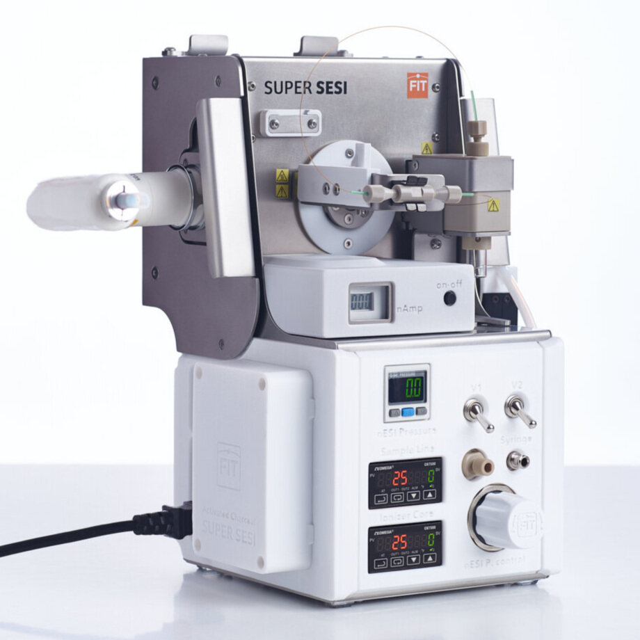 ionization Source for high resolution mass spectrometers developed by thermo fisher scientific. Optimized for gas molecules analysis.