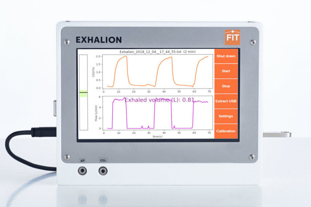 STAND-ALONE - EXHALION is capable of working autonomously and perform a basic breath analysis.